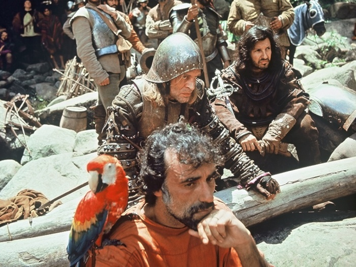 aguirre-wrath-of-god-1972-004-klaus-kinski-men-raft-parrot-1000x750